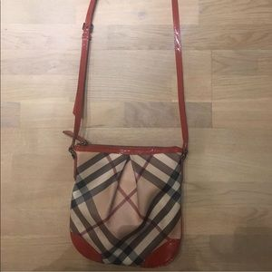 Burberry Crossbody limited edition